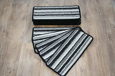 14 Striped Open Plan Carpet Stair Treads Black / Sliver Pads! 14 Large Pads!