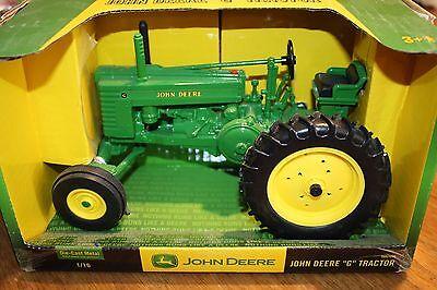 John Deere Die Cast G Tractor 1/16