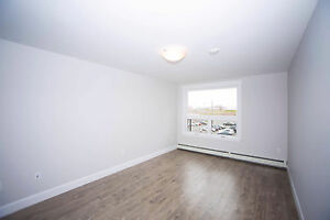 Spacious 1 Bed in Russell Lake - Luxury Apts in Dartmouth!