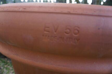 Large italian made terracoota pots Wynnum Brisbane South East Preview