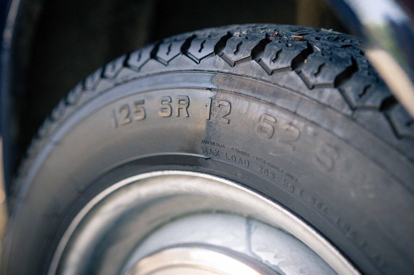 DETAILIFY Blacky Reifenglanz, Applikator, Gummi-, Reifenschutz Reifenpflege