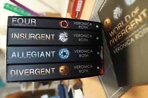 Divergent Series Box Set, Books 1-4   Bonus