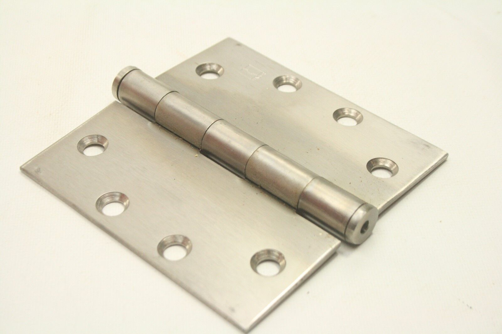 """STAINLESS STEEL PIANO HINGE  2/"""" x 48/""""  Continuous Full Surface Non-removable Pin"""