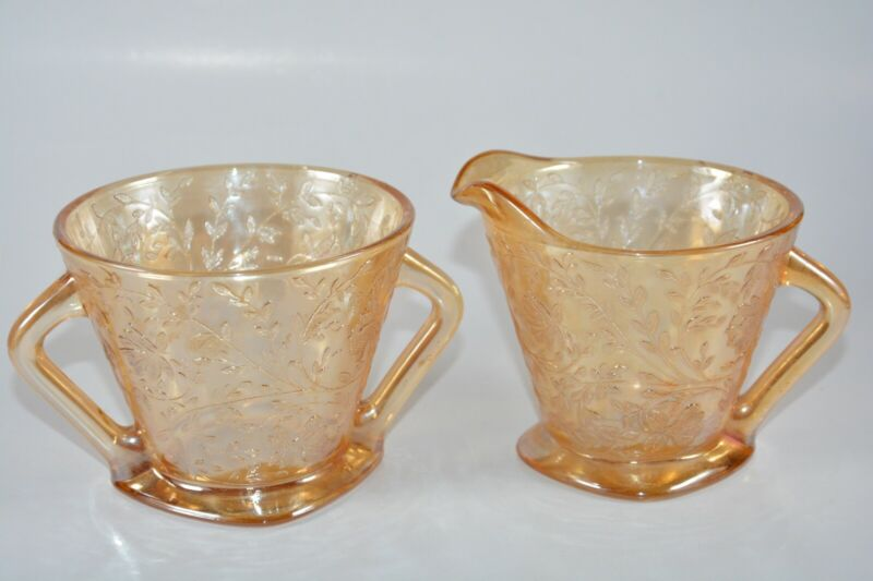 VINTAGE IRIDESCENT DEPRESSION GLASS CREAMER AND SUGAR BOWL