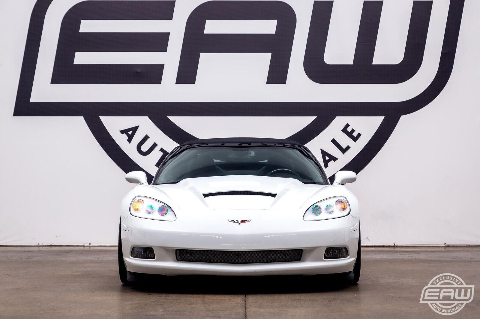 2005 White Chevrolet Corvette Convertible    C6 Corvette Photo 7