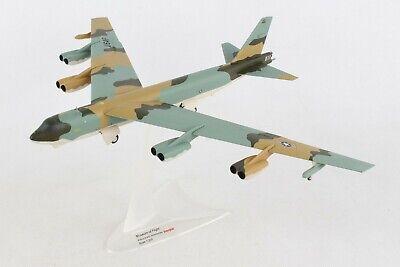 HE559294 HERPA WINGS USAF BOEING B-52G 1/200 DIE-CAST MUSEUM OF FLIGHT