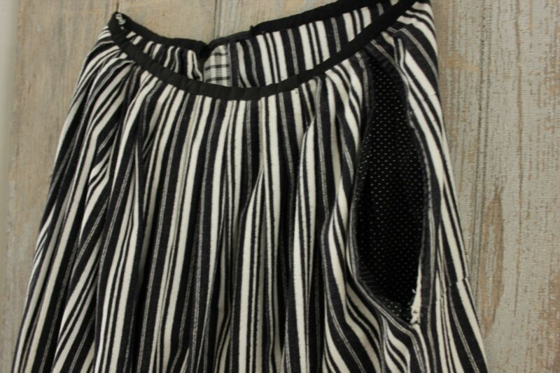 Skirt Peasant Antique French womens work wear black & white stripes wool fabric