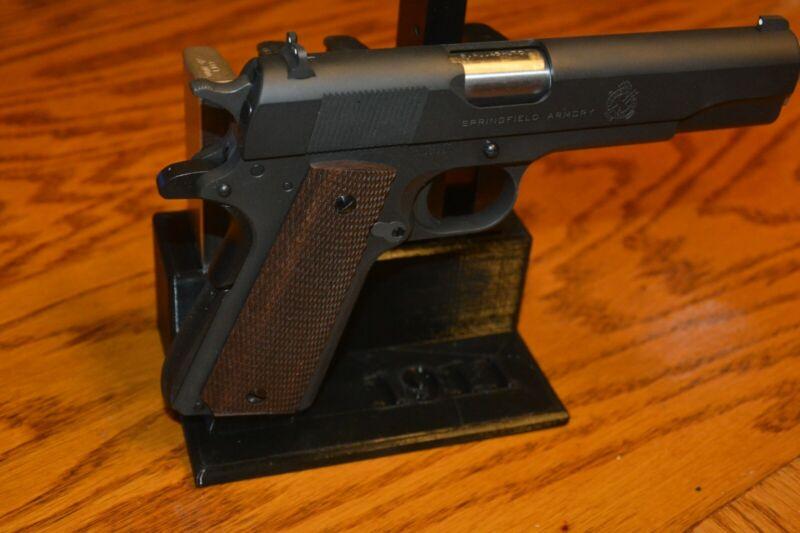 Colt 1911 Gun & Magazine Stand. Handgun Display Holder. Government & Commander