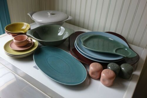 LOT RUSSEL WRIGHT DISHES Plates Casserole Shakers Bowls Saucers