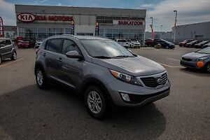 2012 Kia Sportage LX NO PST - HEATED SEATS - BLUETOOTH - SEATS 5