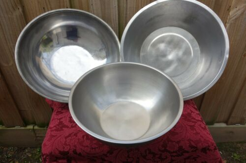 Lot of 3 large stainless steel bowls 13 Qt.