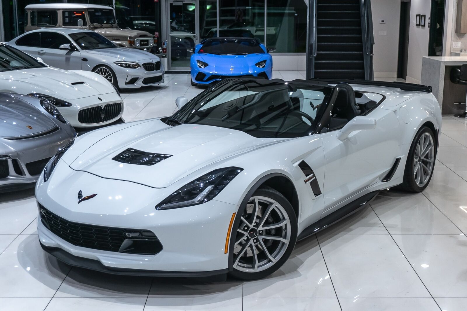 2019 White Chevrolet Corvette Convertible 2LT | C7 Corvette Photo 4