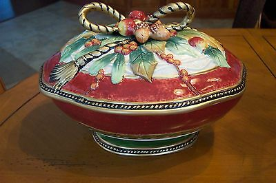 FITZ & FLOYD HOLIDAY SOLSTICE COVERED VEGETABLE BOWL NEVER USED IN ORIGINAL  BOX