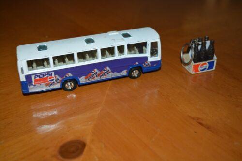 PEPSI COLLECTION VINTAGE DIE CAST PUBLIC TRANSIT BUS & 6 PACK KEY CHAIN