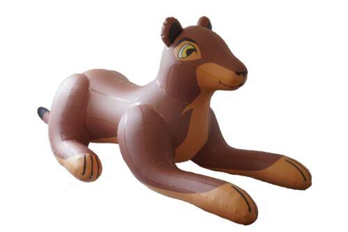 Aufblasbare Löwin , inflatable lioness