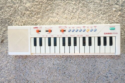 Vintage Casio PT-10 Mini Electronic Keyboard Piano Clean Works Great XMAS GIFT!