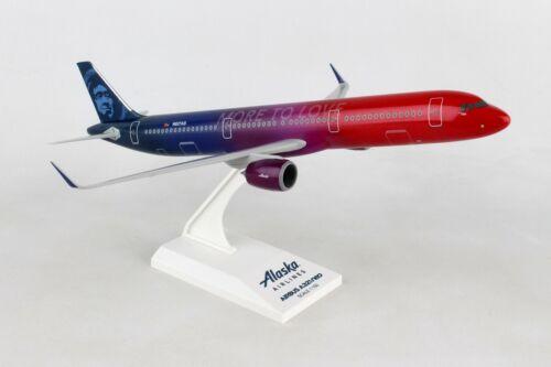 "SKYMARKS ALASKA ""MORE TO LOVE"" A321NEO 1:150 SCALE PLASTIC SNAPFIT MODEL"