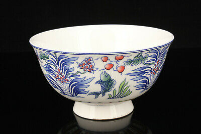 China Jingdezhen Hand-Painted Fish Pattern Blue And White Porcelain Bowl