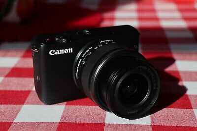 Canon EOS M10 Mirrorless 15-45mm