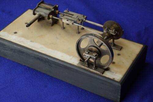 Horizontal scratch built steam engine