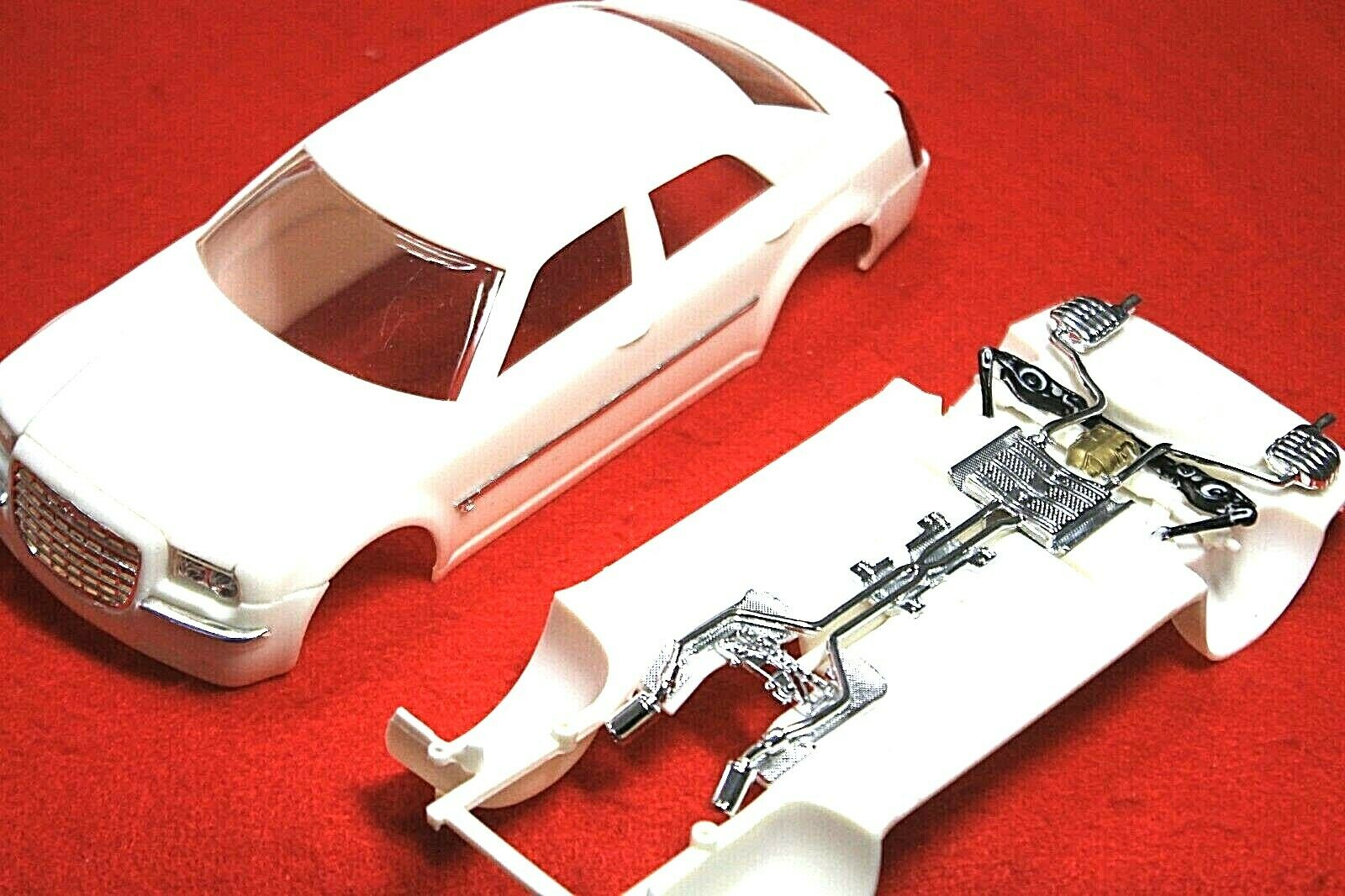 "Car Parts - Model Car Parts AMT"" LUXURY"" CHRYSLER  Body,Glass ,Chrome ,Interior,CHASSI 1/25"