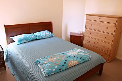 Looking for female housemate North Perth Vincent Area Preview