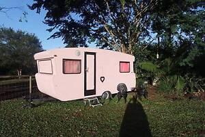 Vintage/Retro Caravan 1968 Viscount renovated Diamond Valley Maroochydore Area Preview