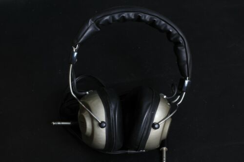 Victor 4HP-V5 2/4 Channel headphones