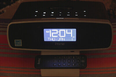 iHome iP90 Dual Alarm Clock Radio for iPhone / iPod Black Tested with Remote