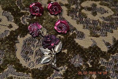 Vintage Red Metal Rose Brooch w/ 2 pairs of matcing earrings