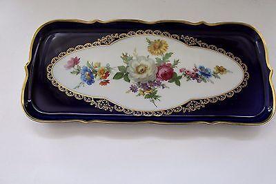 Kuchenplatte für Königskuchen von Lindner mit Echt Kobalt, Blumendekor