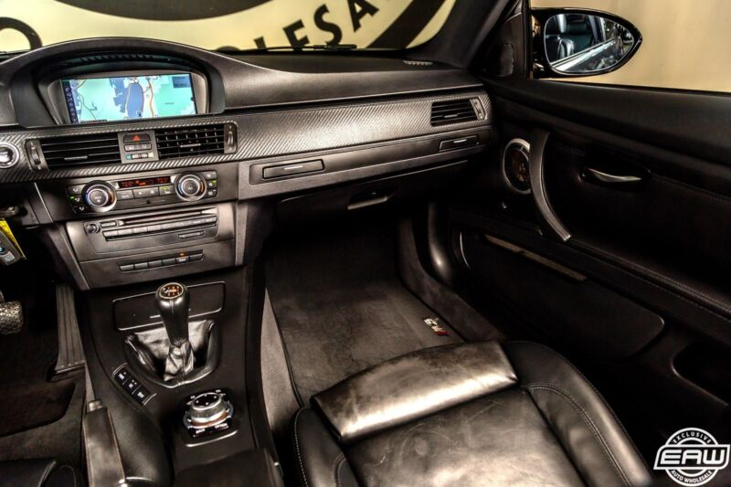 Image 8 Voiture Européenne d'occasion BMW M3 2011