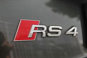 ORIGINALE-AUDI-RS4-SCRITTA-AUDI-RS4-Stemma-8d9853740-2ZZ
