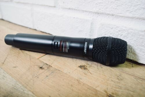 Shure ULXD2 / SM86 Black hand held wireless microphone 532-598 Mhz excellent