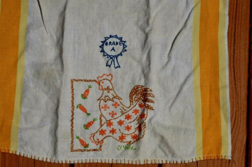 "Vtg Linen Hand Embroidered Dish/Hand TOWEL Prize Grade A Chicken 30"" X 15.5"""