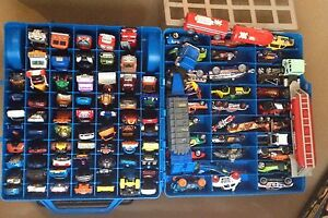 Hot wheels match box cars 100 piece with 2 cases