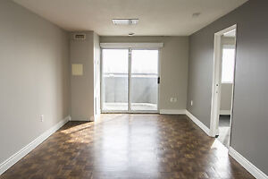 3 Bed Student Living in Downtown London!! ALL INCLUSIVE!