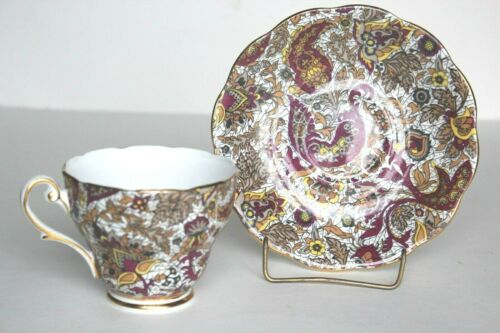 Teacup & Saucer Set: Royal Standard  Paisley 1727  Fine Bone China England NICE