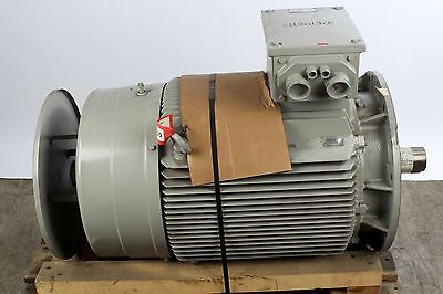New 1LA6-280-4AA64-Z Siemens Electric Motor 230V, 98W