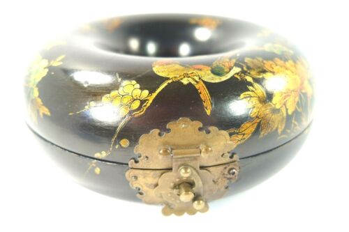 """7"""" Vintage Asian Necklace Box Birds & Flowers Lacquered Wood Donut Shaped Case"""