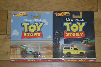 Hot Wheels Disney Toy Story Pizza Planet and RC Car 2 Pack Retro Entertainment!!