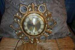 VINTAGE UNITED ELECTRIC WALL CLOCK MODEL 17 GOLD METAL / CONVEX GLASS