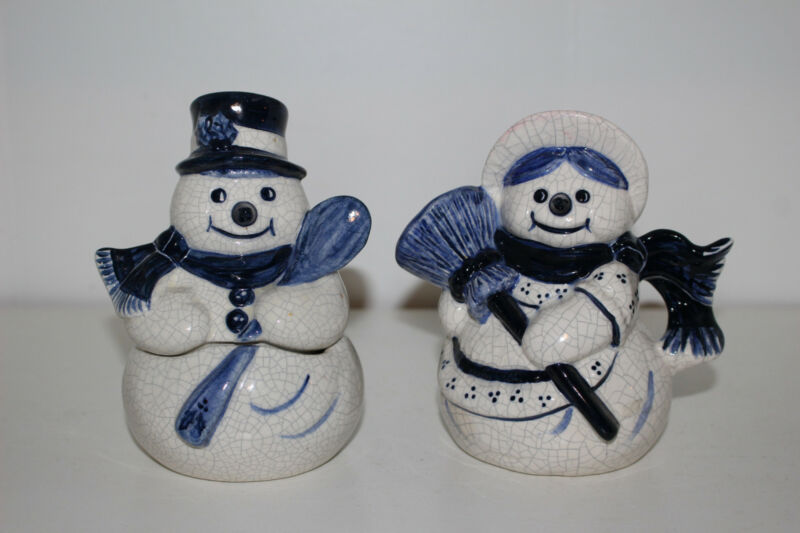 DEDHAM POTTING SHED POTTERY SNOWMAN & SNOW WOMAN CREAMER & SUGAR BOWL SET