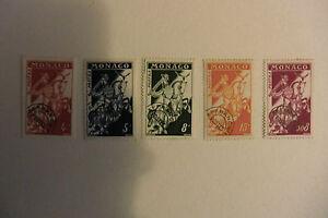 MONACO - Préoblitérés - France - Petit lot de timbres préoblitérés de MONACO. Ces timbres ayant été sur enveloppe sont, de ce fait, sans gomme.Envoi rapide et soigné. - France