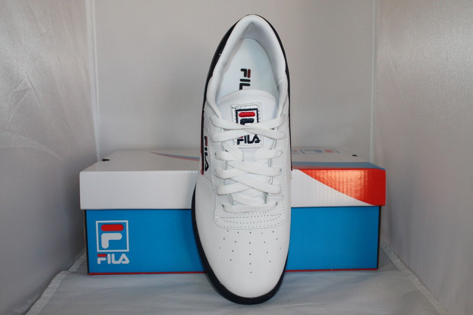 factory price b6feb 3dc67 Mens Fila Original Fitness Classic Retro Casual Athletic Shoes White Navy  Red