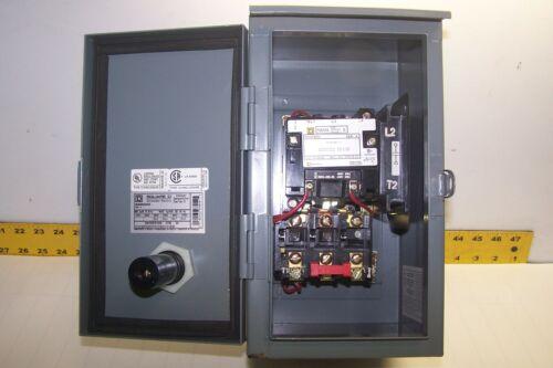 NEW SQUARE D SIZE 0 ENCLOSED MOTOR STARTER 480V COIL 5 HP 8536SBO3 / 8536SBA3V06
