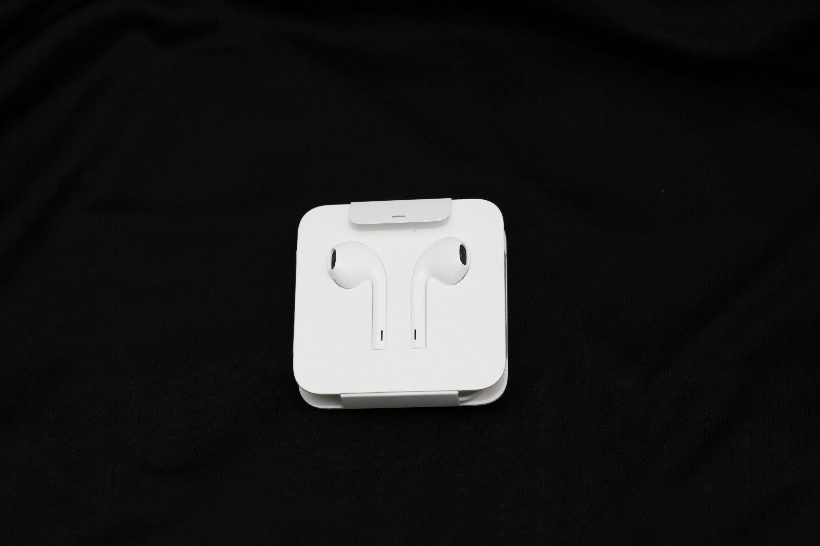 Apple EarPods with Lightning Connector, In-Ear Only REAL, Ge