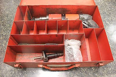 Hilti Dx-400 Power Actuated Nail Gun With Metal Box E7289-2 Ar Loc.front