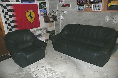 Canapé convertible et fauteuil (en dordogne)