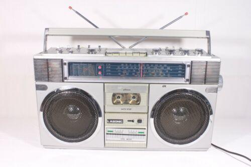 LASONIC TRC-918,AM/FM/SW-2 ,cassette-boombox.(ref E 244)